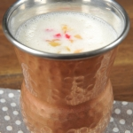 144. Fruit lassi 0,30 lit.