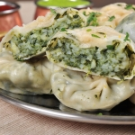 17. Momo palak (10 pieces)